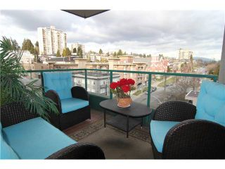 "Photo 7: 704 410 CARNARVON Street in New Westminster: Downtown NW Condo for sale in ""CARNARVON PLACE"" : MLS®# V1075370"