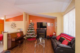 Photo 5: 205 Elm Drive in Oakbank: Single Family Detached for sale : MLS®# 1428748
