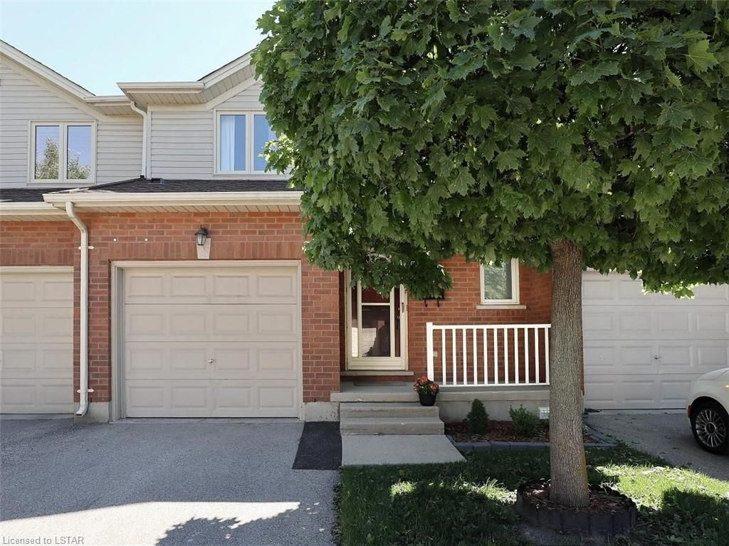 Main Photo: 10 622 S WHARNCLIFFE Road in London: South P Residential for sale (South)  : MLS®# 40127545