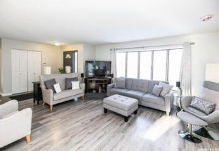 Photo 5: 437 COCKBURN Crescent in Saskatoon: Pacific Heights Residential for sale : MLS®# SK713617