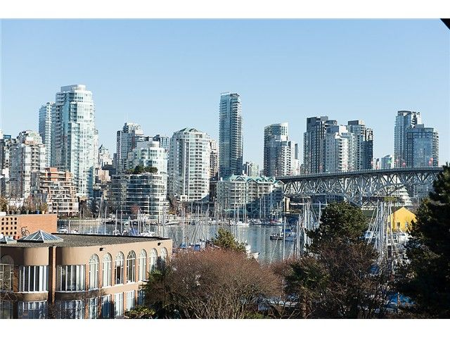 "Main Photo: 307 1450 PENNYFARTHING Drive in Vancouver: False Creek Condo for sale in ""HARBOUR COVE"" (Vancouver West)  : MLS®# V1038505"