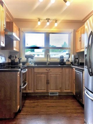 Photo 4: 1034 Stadacona Street East in Moose Jaw: Hillcrest MJ Residential for sale : MLS®# SK844220