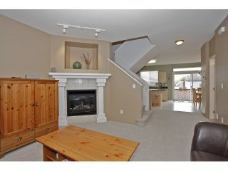 Photo 5: 6782 184 ST in Surrey: Cloverdale BC Condo for sale (Cloverdale)  : MLS®# F1437189