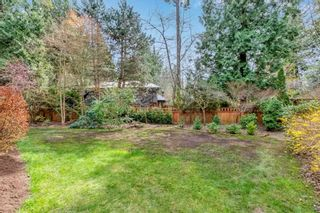 """Photo 4: 1929 AMBLE GREENE Drive in Surrey: Crescent Bch Ocean Pk. House for sale in """"Amble Greene"""" (South Surrey White Rock)  : MLS®# R2579982"""