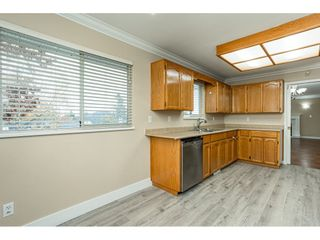 """Photo 12: 6017 189 Street in Surrey: Cloverdale BC House for sale in """"CLOVERHILL"""" (Cloverdale)  : MLS®# R2516494"""
