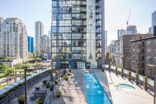 """Photo 15: 607 1155 SEYMOUR Street in Vancouver: Downtown VW Condo for sale in """"The Brava"""" (Vancouver West)  : MLS®# R2581521"""