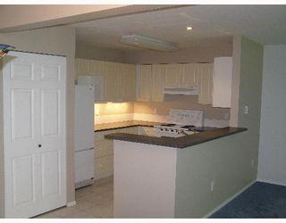 "Photo 3: 107 5711 EBBTIDE Street in Sechelt: Sechelt District Townhouse for sale in ""EBBTIDE PLACE"" (Sunshine Coast)  : MLS®# V648144"