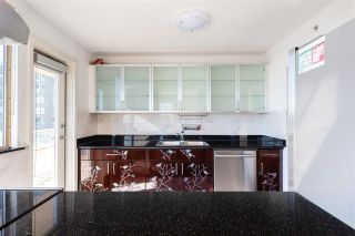 """Photo 12: 703 328 CLARKSON Street in New Westminster: Downtown NW Condo for sale in """"Highbourne Tower"""" : MLS®# R2585007"""