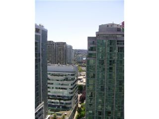 """Photo 3: 2202 788 HAMILTON Street in Vancouver: Downtown VW Condo for sale in """"TV TOWER I"""" (Vancouver West)  : MLS®# V825585"""