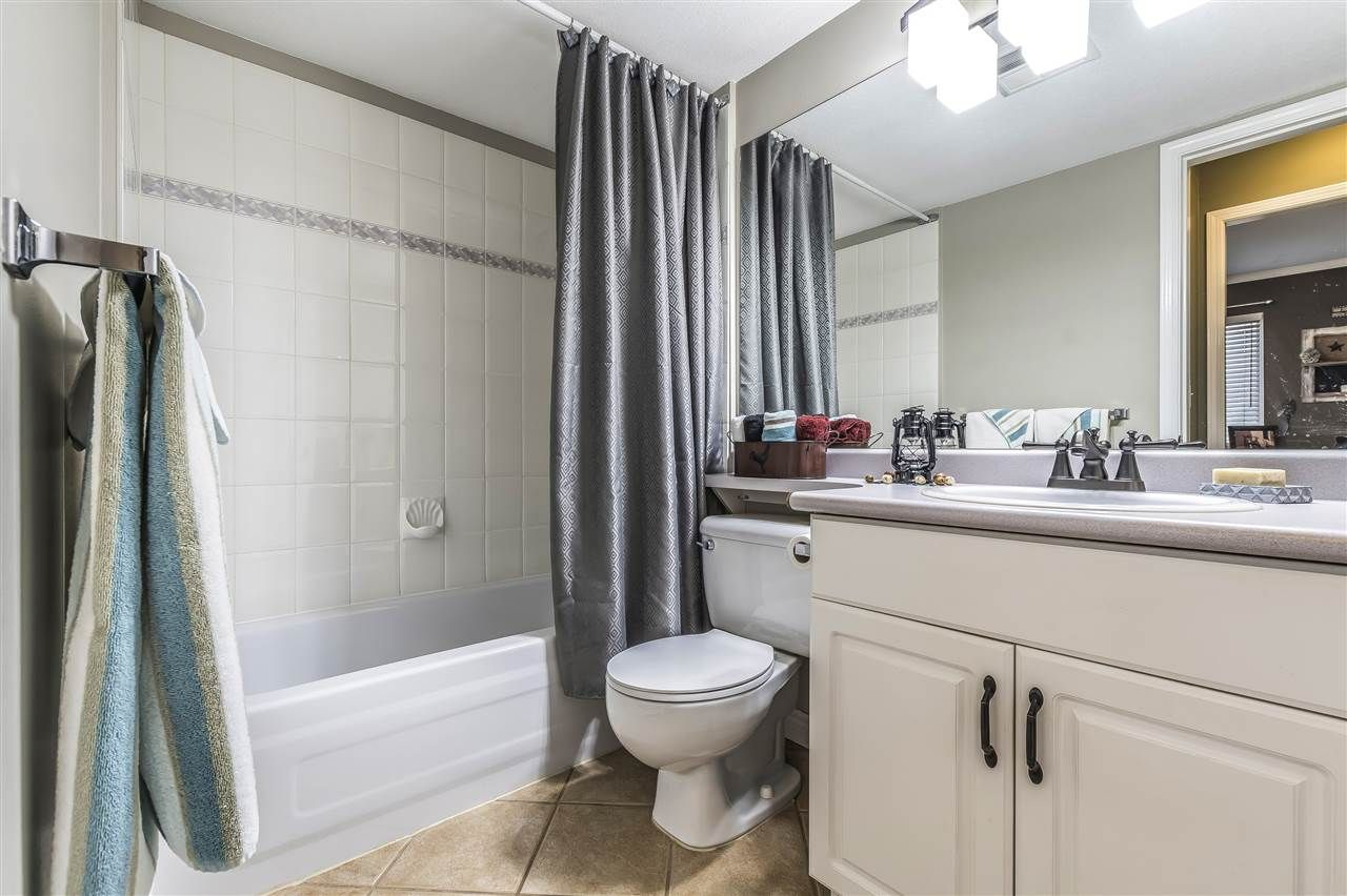 """Photo 15: Photos: 204 45520 KNIGHT Road in Sardis: Sardis West Vedder Rd Condo for sale in """"Morningside"""" : MLS®# R2346105"""