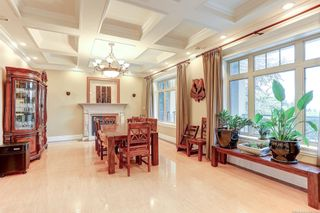 Photo 9: 1365 PALMERSTON Avenue in West Vancouver: Ambleside House for sale : MLS®# R2618136