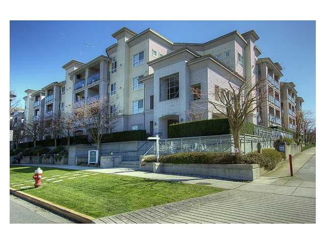 """Main Photo: 130 5500 ANDREWS Road in Richmond: Steveston South Condo for sale in """"SOUTHWATER"""" : MLS®# V882835"""