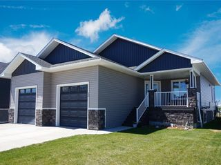 Photo 1: 12 Wigham Close: Olds Detached for sale : MLS®# A1019811