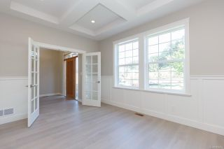 Photo 7: 2136 Champions Way in : La Bear Mountain House for sale (Langford)  : MLS®# 863691