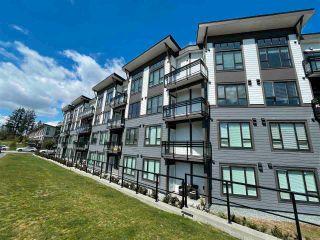 "Photo 2: 404 9983 E BARNSTON Drive in Surrey: Fraser Heights Condo for sale in ""COAST"" (North Surrey)  : MLS®# R2576447"