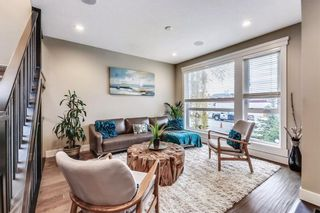 Photo 3: 725 51 Avenue SW in Calgary: Windsor Park House for sale : MLS®# C4143255