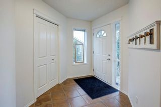 Photo 17: 82 COUGARSTONE Close SW in Calgary: Cougar Ridge Detached for sale : MLS®# C4295852