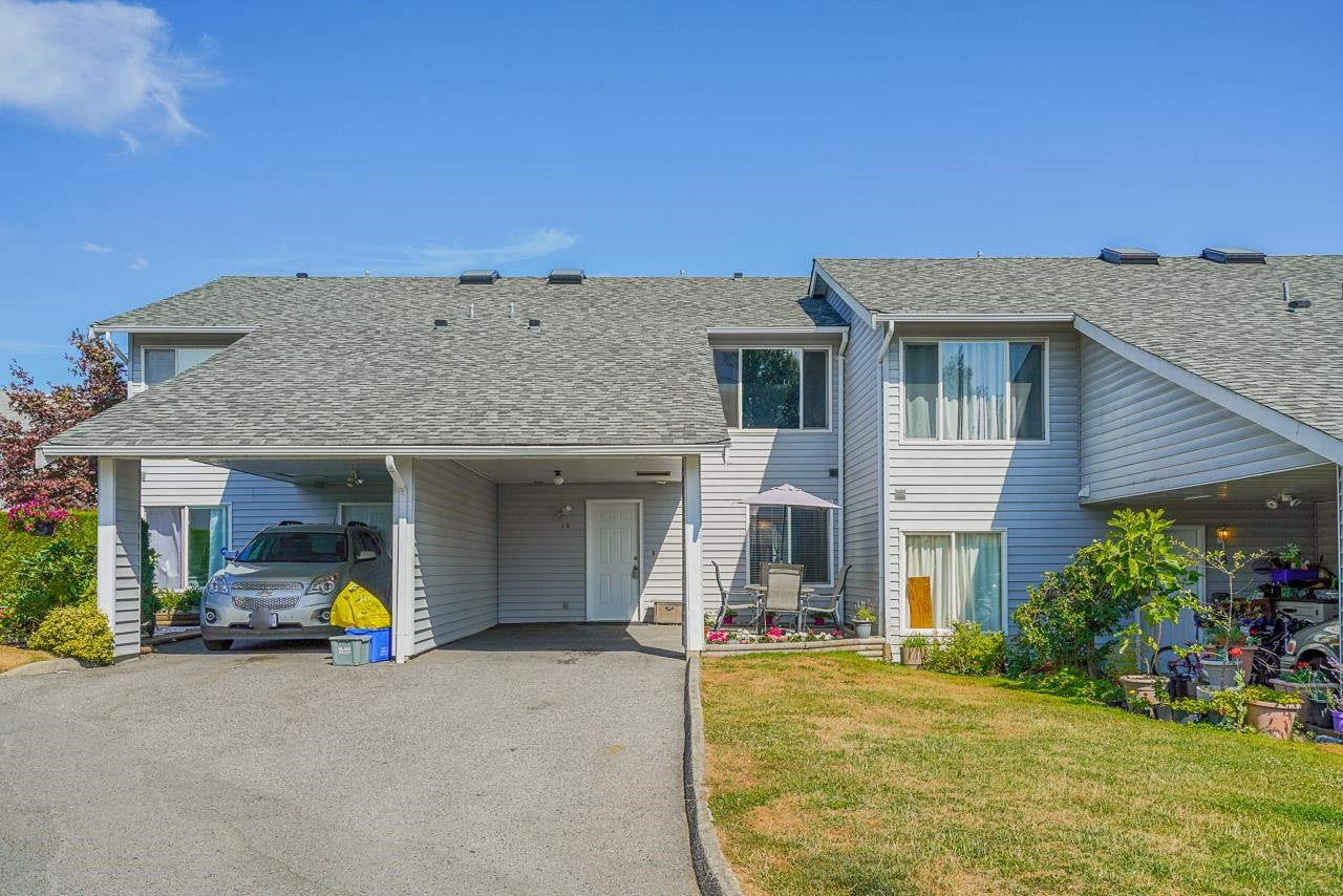 """Main Photo: 19 26970 32 Avenue in Langley: Aldergrove Langley Townhouse for sale in """"Parkside Village"""" : MLS®# R2604495"""
