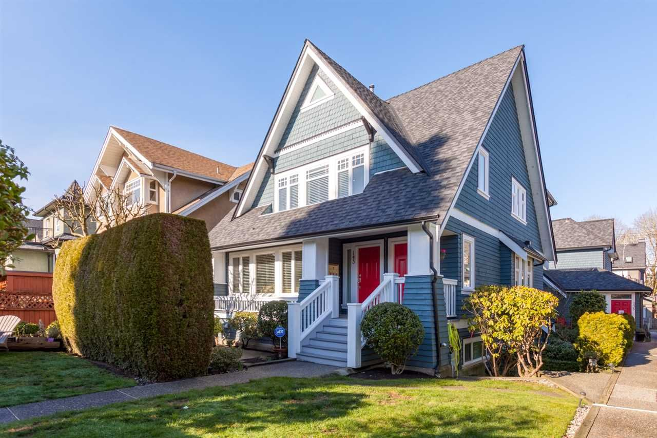 Main Photo: 141 W 14TH AVENUE in : Mount Pleasant VW Townhouse for sale (Vancouver West)  : MLS®# R2241040