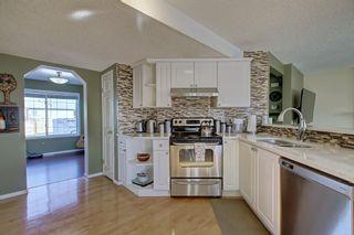 Photo 8: 351 MT APEX Green SE in Calgary: McKenzie Lake Detached for sale : MLS®# C4272409