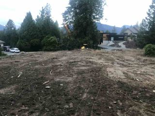 "Photo 2: 10131 KENSWOOD Drive in Chilliwack: Little Mountain Land for sale in ""Mt Shannon"" : MLS®# R2467333"