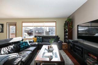 Photo 3: 363 De La Seigneurie Boulevard in Winnipeg: Island Lakes Residential for sale (2J)  : MLS®# 202102044