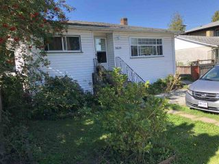 Photo 1: 7429 CANADA WAY in Burnaby: Edmonds BE House for sale (Burnaby East)  : MLS®# R2492529
