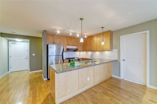 """Photo 5: 3006 4333 CENTRAL Boulevard in Burnaby: Metrotown Condo for sale in """"Presidia"""" (Burnaby South)  : MLS®# R2423050"""
