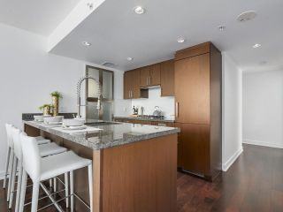 Photo 7: 1706 1055 RICHARDS STREET in Vancouver: Downtown VW Condo for sale (Vancouver West)  : MLS®# R2293878