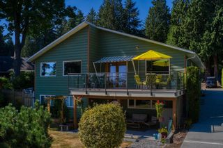 Photo 3: 1212 GOWER POINT Road in Gibsons: Gibsons & Area House for sale (Sunshine Coast)  : MLS®# R2605077