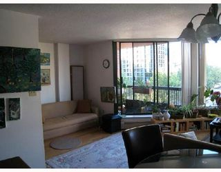 """Photo 3: 708 950 DRAKE Street in Vancouver: Downtown VW Condo for sale in """"ANCHOR POINT"""" (Vancouver West)  : MLS®# V661241"""