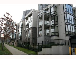 """Photo 1: 208 3638 VANNESS Avenue in Vancouver: Collingwood VE Condo for sale in """"BRIO"""" (Vancouver East)  : MLS®# V809600"""