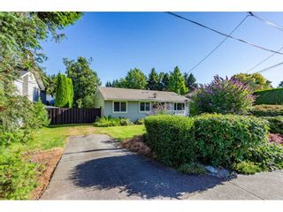 Photo 3: 27347 29A Avenue in Langley: Aldergrove Langley House for sale : MLS®# R2481968