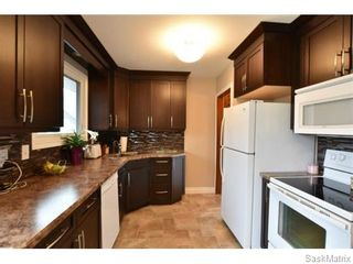 Photo 4: 67 MERLIN Crescent in Regina: Coronation Park Single Family Dwelling for sale (Regina Area 03)  : MLS®# 566828