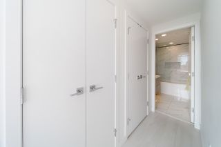 """Photo 8: 702 5580 NO. 3 Road in Richmond: Brighouse Condo for sale in """"ORCHID"""" : MLS®# R2545914"""