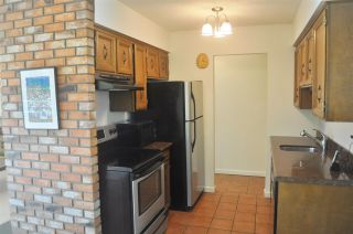 """Photo 8: 106 134 W 20TH Street in North Vancouver: Central Lonsdale Condo for sale in """"CHEZ MOI"""" : MLS®# R2507152"""