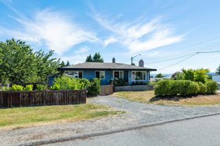 Photo 1: 3000 Glen Eagle Cres in : Na Departure Bay House for sale (Nanaimo)  : MLS®# 879714