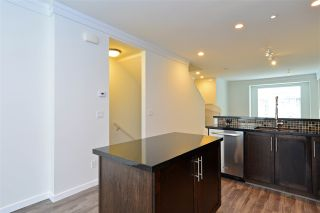 Photo 7: 65 3009 156 STREET in Surrey: Grandview Surrey Townhouse for sale (South Surrey White Rock)  : MLS®# R2103635