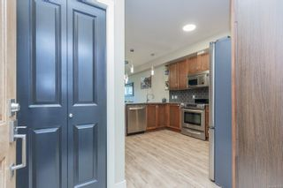 Photo 4: 103 866 Brock Ave in : La Langford Proper Condo for sale (Langford)  : MLS®# 863726