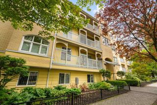 """Photo 2: 406 1125 GILFORD Street in Vancouver: West End VW Condo for sale in """"Gilford Court"""" (Vancouver West)  : MLS®# R2577212"""