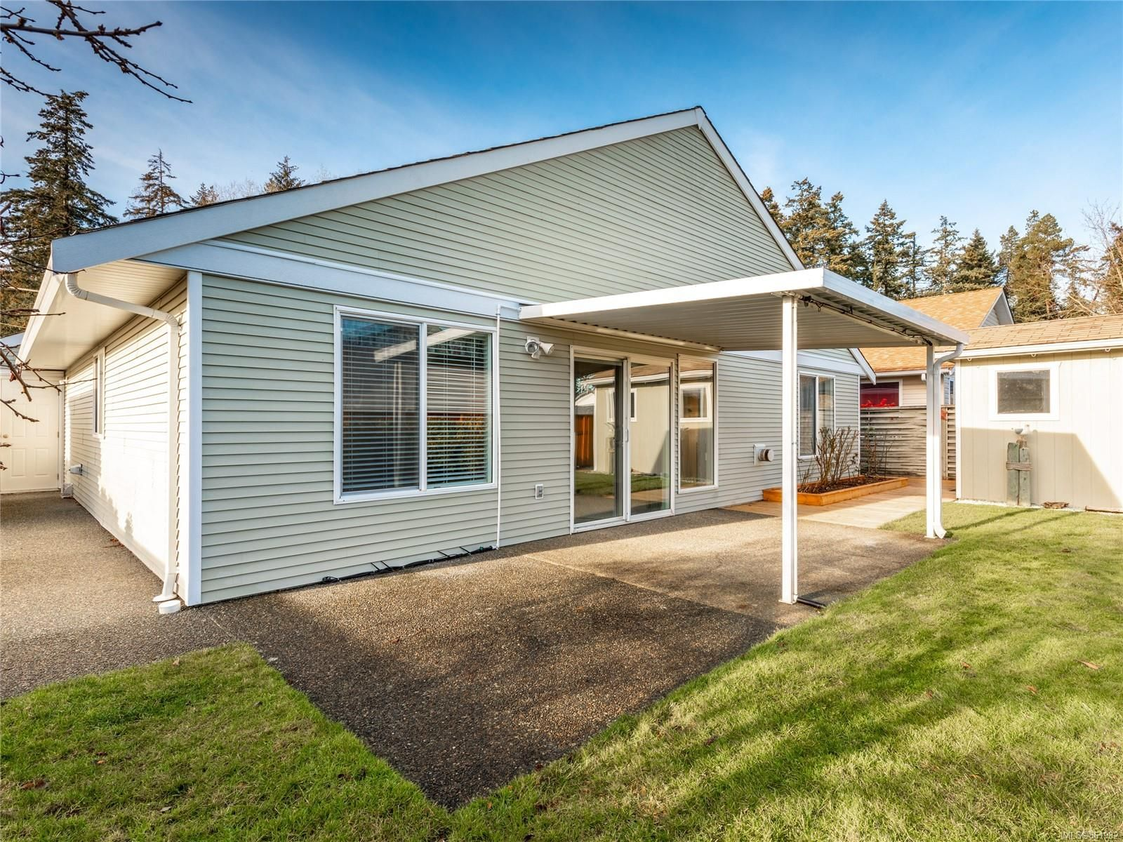 Photo 10: Photos: 300 Church Rd in : PQ Parksville House for sale (Parksville/Qualicum)  : MLS®# 861932