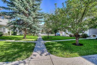 Photo 37: 145 WOODSMAN Lane SW in Calgary: Woodbine Row/Townhouse for sale : MLS®# C4303483