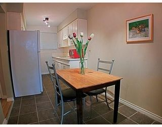 Photo 3: 329 MARATHON Court in Coquitlam: Central Coquitlam Townhouse for sale : MLS®# V759037