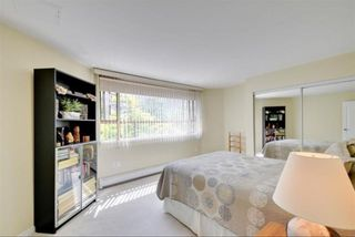"""Photo 16: 104 15111 RUSSELL Avenue: White Rock Condo for sale in """"Pacific Terrace"""" (South Surrey White Rock)  : MLS®# R2545193"""