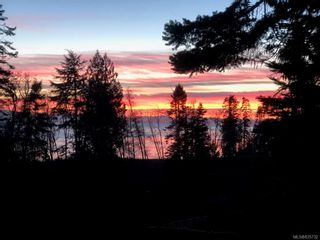Photo 2: 7365 Boomstick Ave in Sooke: Sk John Muir House for sale : MLS®# 835732
