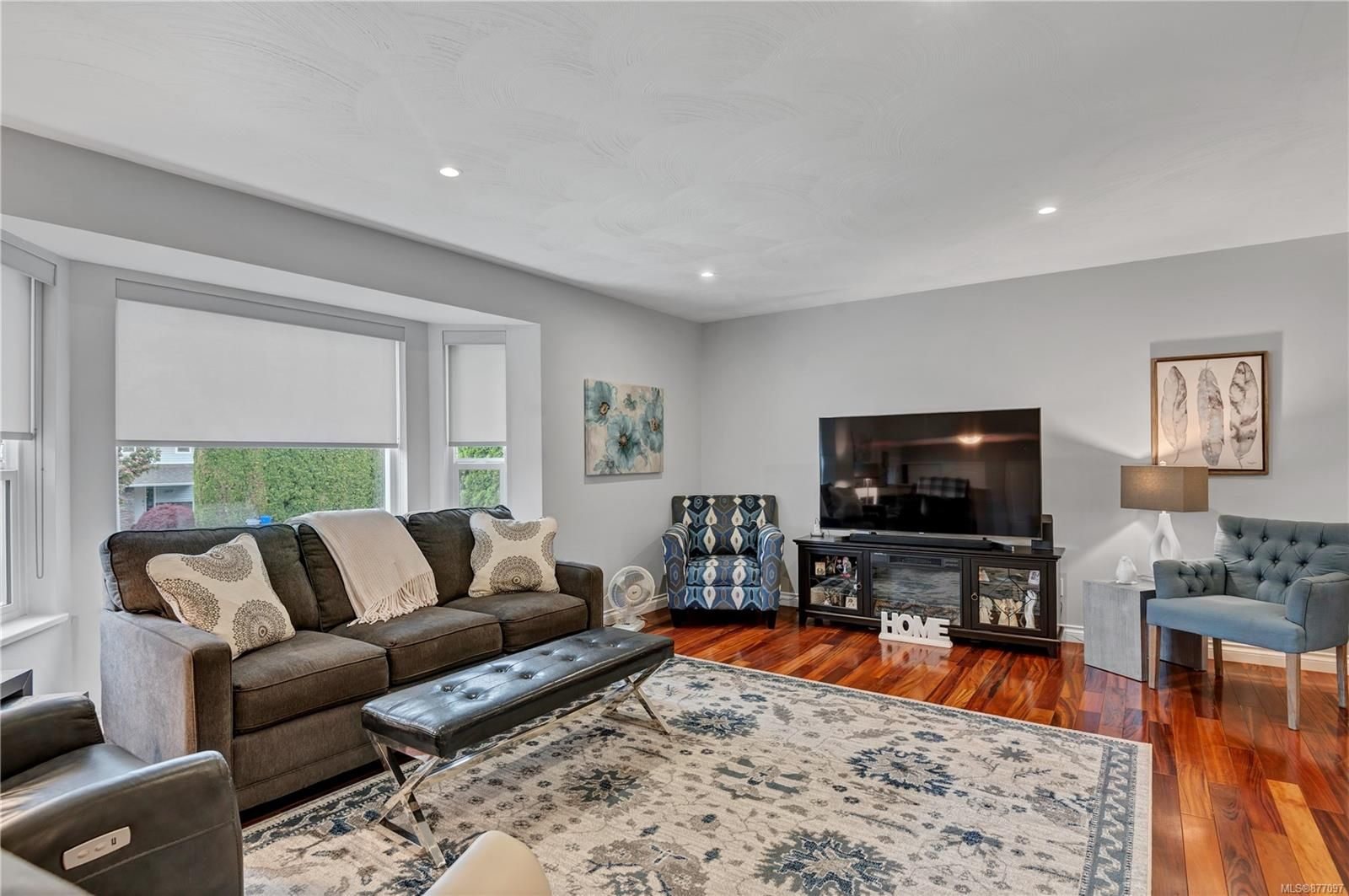Photo 4: Photos: 2876 Fairmile Rd in : CR Willow Point House for sale (Campbell River)  : MLS®# 877097