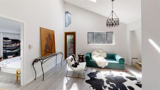 Photo 6: 1534 HENDERSON Avenue: Roberts Creek House for sale (Sunshine Coast)  : MLS®# R2590136