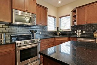 Photo 7: 2 Aspen Hills Manor SW in Calgary: House for sale : MLS®# C3622296