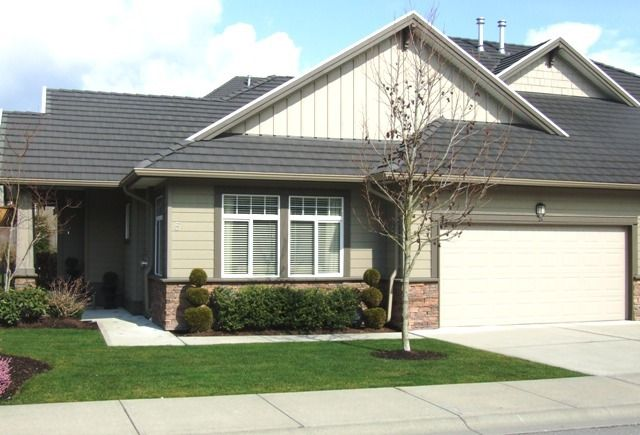 Main Photo: 5688 152 Street in SULLIVAN GATE: Home for sale