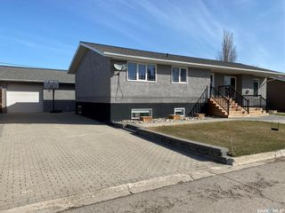 Photo 1: 604 Little Quill Avenue in Wynyard: Residential for sale : MLS®# SK834726